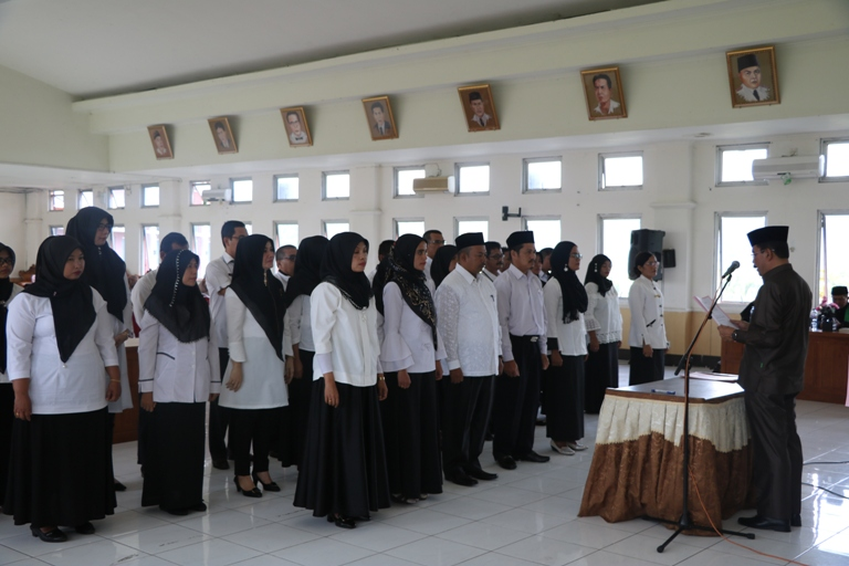 30 Pejabat Fungsional Pemkab 50 Kota Dilantik